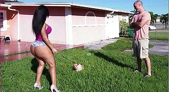 BANGBROS - Latina Rose Monroe's Big Ass Bouncing On Sean Lawless's Cock