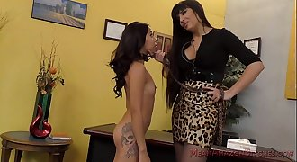 Mercedes Carrera and Jasmine Summers Female dom