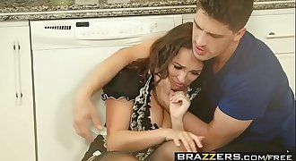 Brazzers - Real Wifey Stories - Alena Croft Lily Love and Bruce Venture -  The Heat Wave