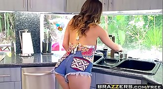 Brazzers - Baby Got Knockers - (Ashley Adams) (Keiran Lee) - New Tits On the Block