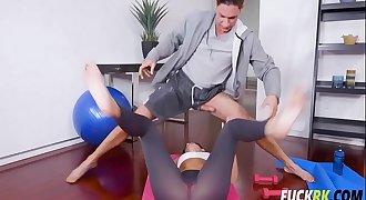 India Summer Hot Milf Workout
