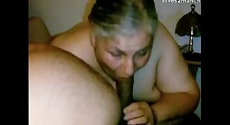 Granny Lynne Gets Face Fucked and a Mouthhole of Cum