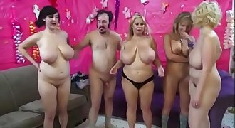 Orgy with chubby big tits milfs