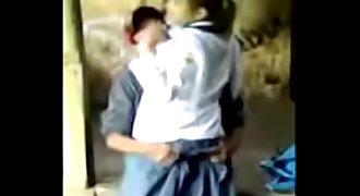 colegiala es violada por pandillero ORIGINAL AQUI => http://zipansion.com/2Kike